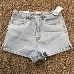 Forever 21 denim shorts NWT